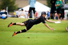 Frisco, TX: Jarrett Bowen (Ring of Fire #10) during Pool-Play at the 2015 USAU Club Championships
